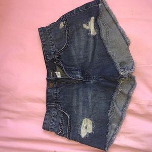 Billabong girls shorts